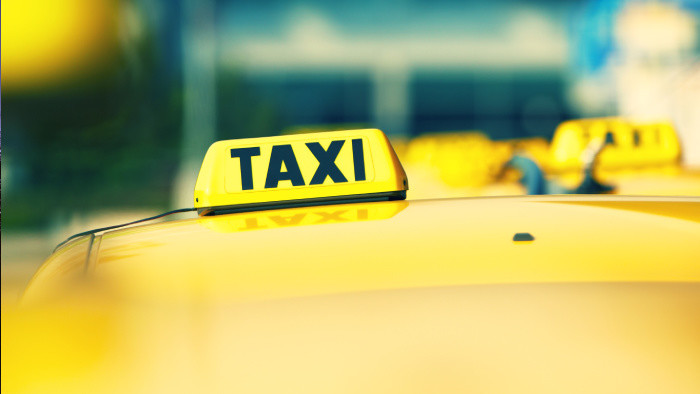 Taxikári