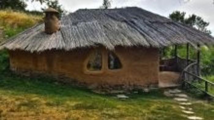 Čo by bolo, keby ... sme si postavili domček z hliny?