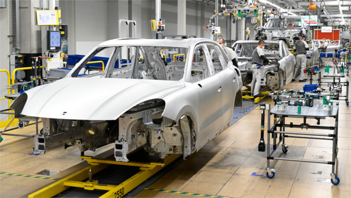 Volkswagen investment to create 2,000 new jobs