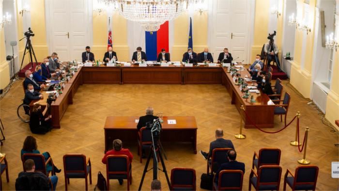 Выборы генпрокурора: переговоры продолжаются