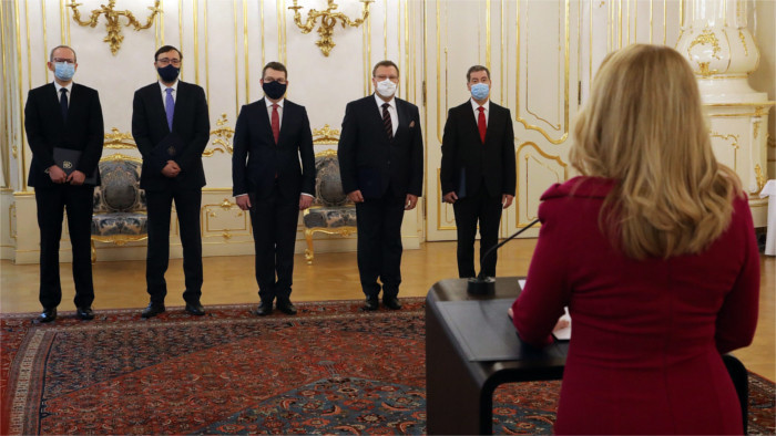 Cinq nouveaux ambassadeurs de la République slovaque