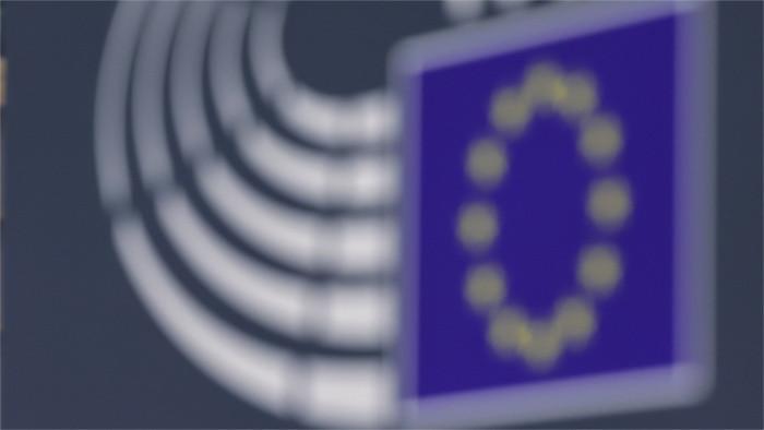 Евродепутаты одобрили введение COVID-паспортов с 1 июля