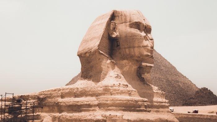 Medzi Prahou a Káhirou