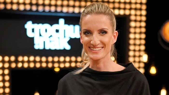 Štartuje maratón Trochu inak s Adelou, príde aj modelka, ktorá vymenila  móla za farmu - RTVS.sk
