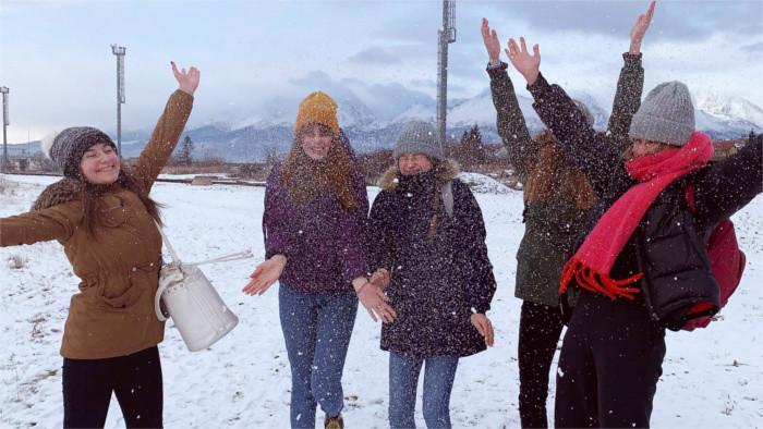 Navidad eslovaca presentada por siete estudiantes
