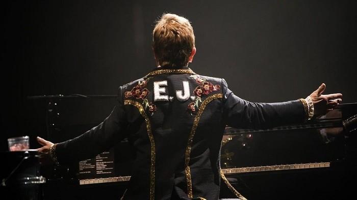 Elton John v úprimnej spovedi: O detstve aj raketovom úspechu