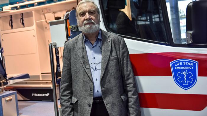 Entrevistamos al jefe de la Cruz Roja Eslovaca, médico y técnico en emergencias sanitarias, Viliam Dobiáš
