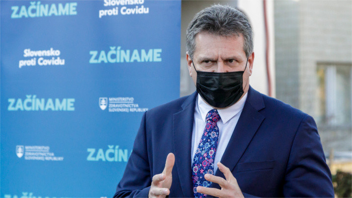 Šefčovič: Habrá suficientes vacunas para vacunar al 80 % de los europeos