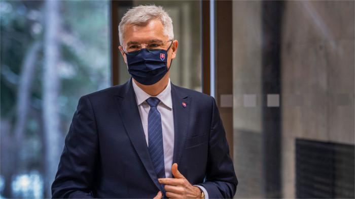 Глава МИД будет в Брюсселе просить вакцины для Словакии
