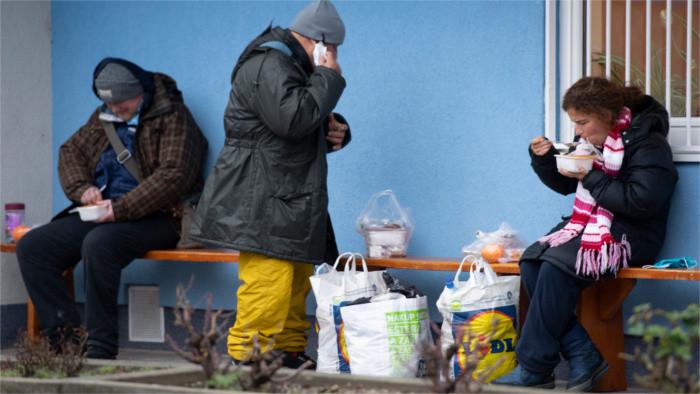 La crisis pandémica incrementa la pobreza de los eslovacos