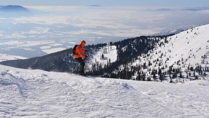 Hitom zimnej sezóny je skituring