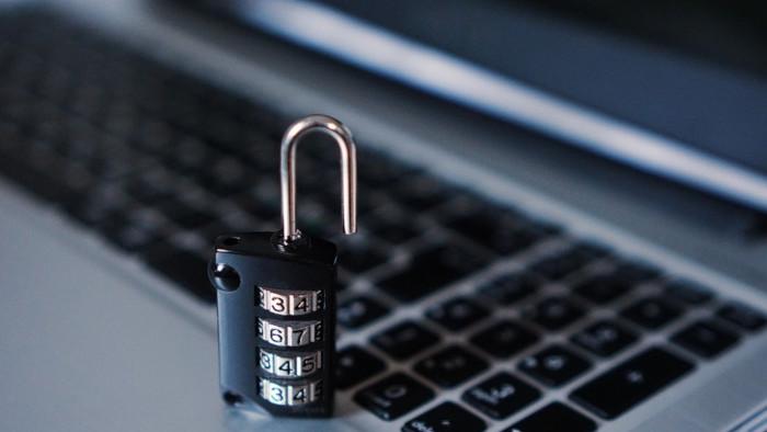 Týždeň bezpečného internetu