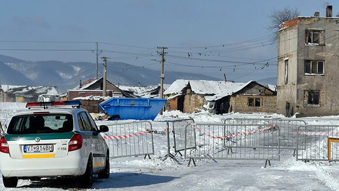 Sačurovská rómska osada je uzavretá