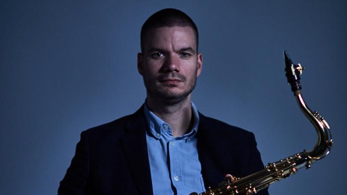 Leben ohne Konzerte: Interview mit dem Jazzmusiker Nikolaj Nikitin