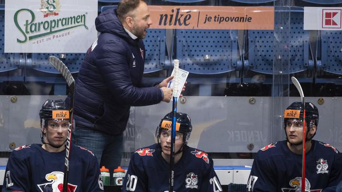 Hokejový Slovan v kríze