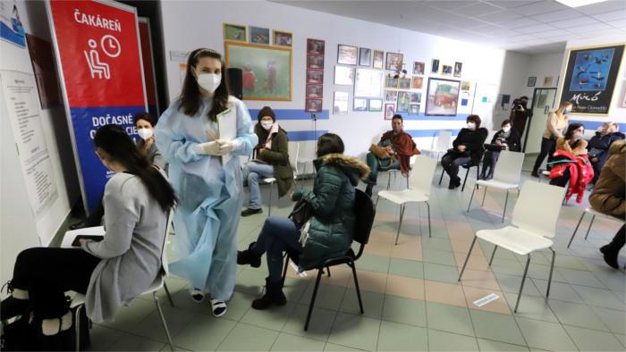 Teacher vaccination programme extended