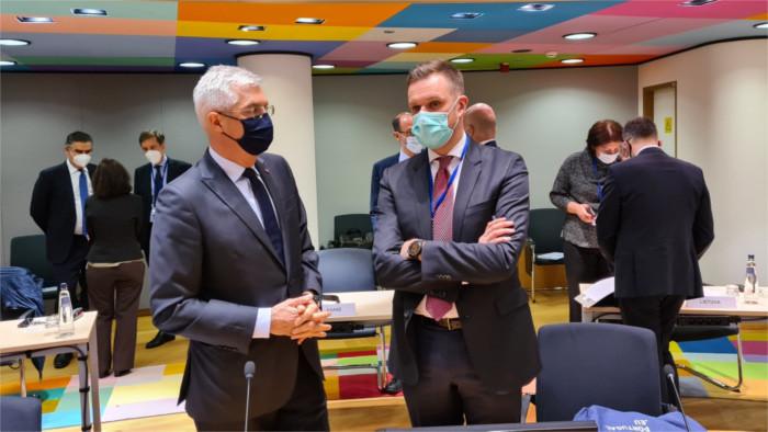 Корчок обратился к странам ЕС с просьбой помочь в борьбе с COVID-19