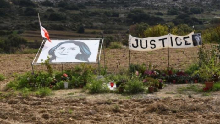Bűnösnek vallotta magát a máltai újságíró-gyilkosság egyik vádlottja