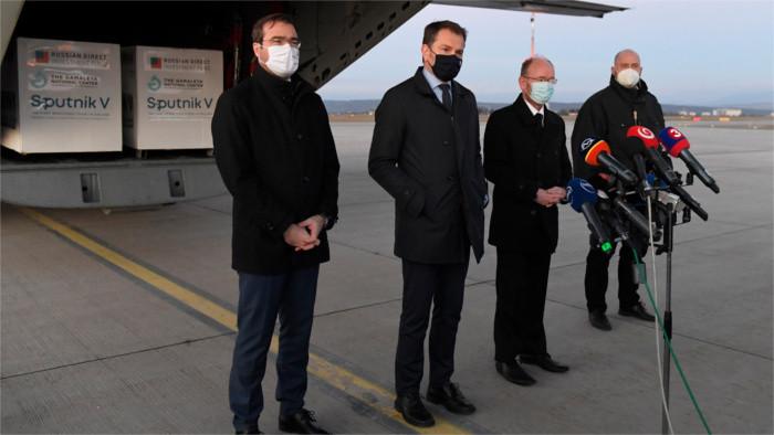 Словацкие политики и «Sputnik V»