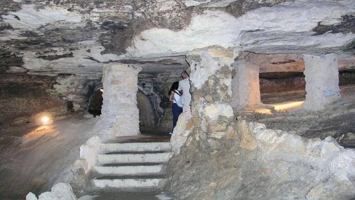 Бойницкая пещера