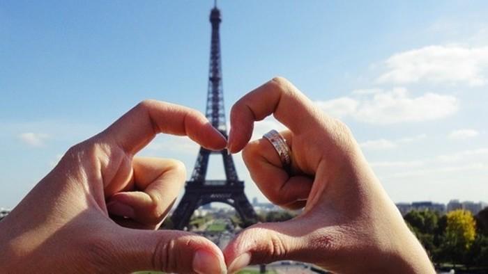 Dobrá správa / Francúzski seniori dávajú lekcie konverzácie