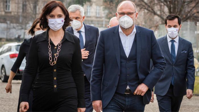 Matovič afronta su primera crisis de Gobierno