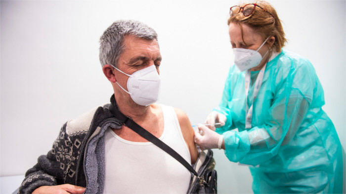 Fear of vaccination outweighs solidarity with other people