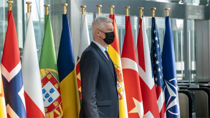 Корчок: НАТО заинтересовано в возобновлении диалога с Россией