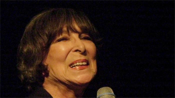 Fallece la cantante Hana Hegerová