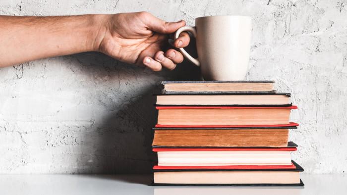 Vráťme knihy do škôl – 10. ročník projektu