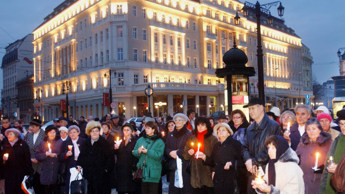 33 rokov od Sviečkovej demonštrácie