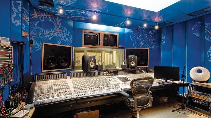 Nahrávacie štúdiá: H.O.M.E. Studios
