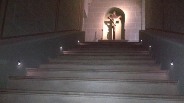 Святая лестница костела Ордена Францисканцев в Малацках  возвышает каждого верующего