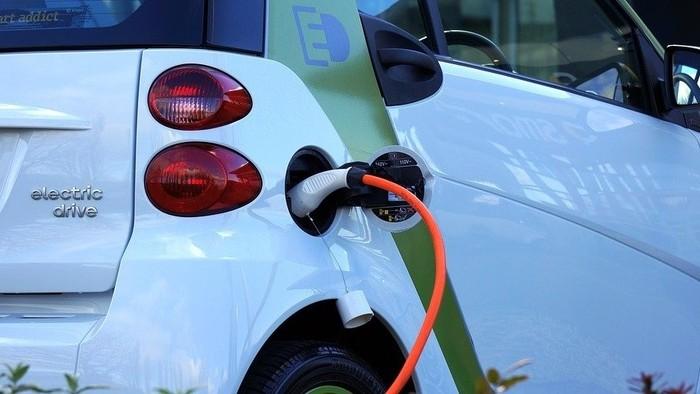 Elektromobily v USA