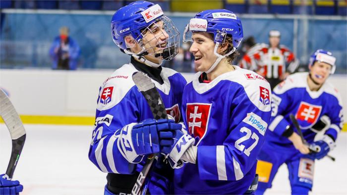 Ľadový hokej: Najmladší reprezentant rozhodol duel