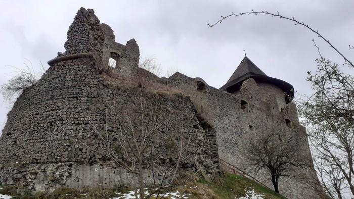 Hrad Šomoška čaká každoročná obnova