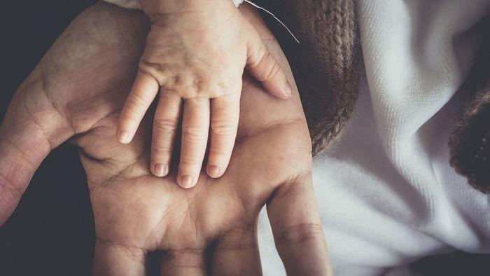 Samé ako prst... druhý týždeň opustených ľudských mláďat