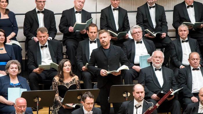Recenzia koncertu Slovenskej filharmónie bez publika z 30. apríla 2021