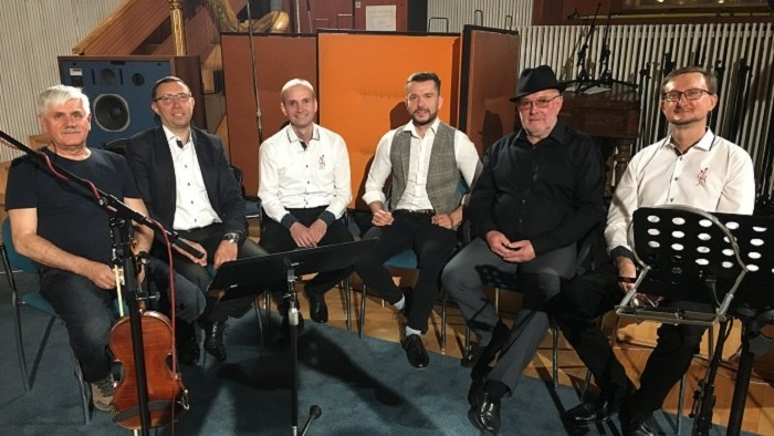 Zmes ľudových piesní v podaní Števa Šteca a kolegov z RTVS
