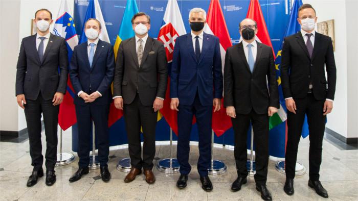 Stretnutie ministrov zahraničných vecí v Bratislave