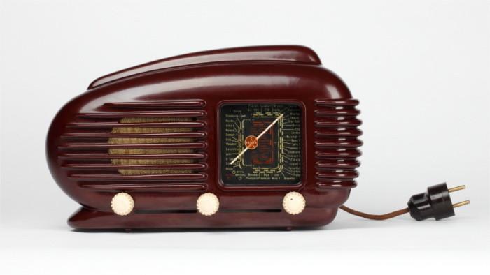 Streamline radio is Slovak