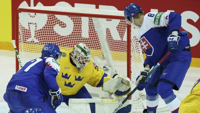 Slováci prehrali so Švédskom. Štvrťfinále stále nemáme isté