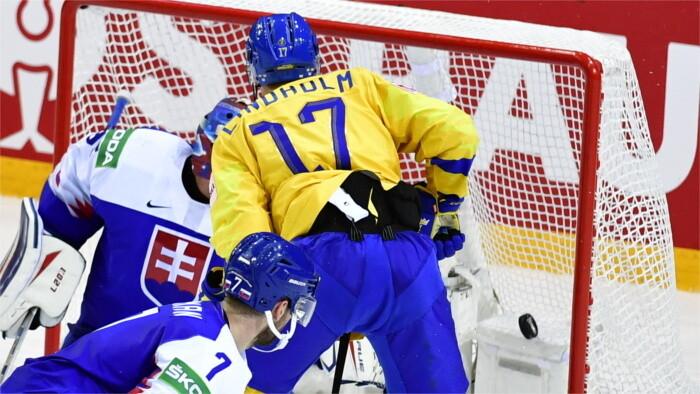 Ice hockey WC: Slovaks haven't secured quarterfinals against Sweden
