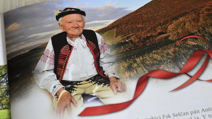 El folclorista František Žovinec - presentado por Nina Punová