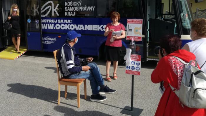 Slabý záujem Slovákov o očkovanie