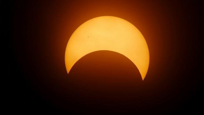 Részleges napfogyatkozás hazánk felett