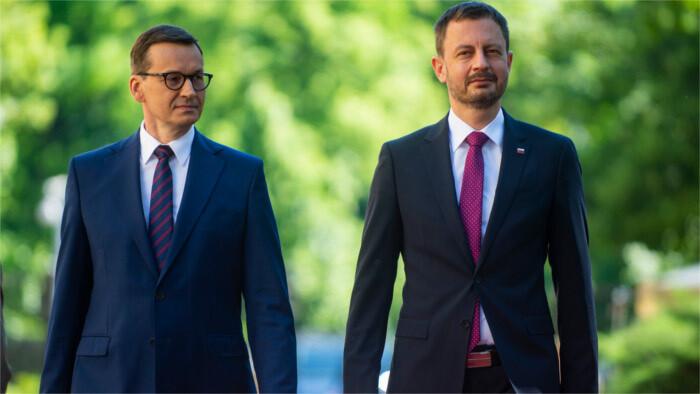 Premier Heger auf Polen-Besuch