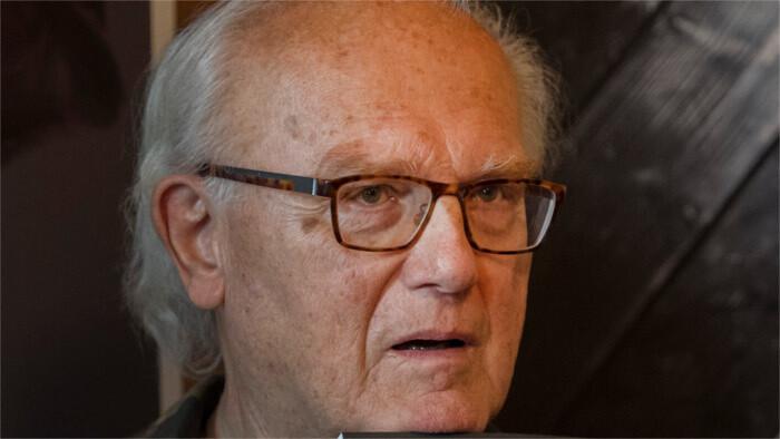 Režisér Peter Mikulík sa dožíva 80 rokov