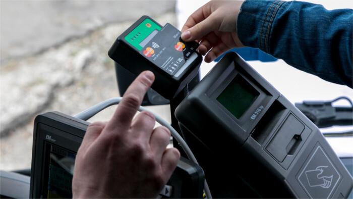 Seuls 23% des Slovaques ont utilisé les paiements sans contact l'année dernière