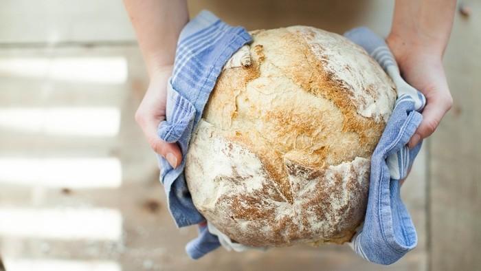 Zamyslenie / Chlieb núdznym